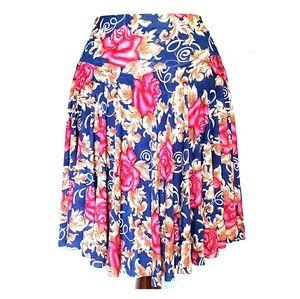 Dresses & Skirts - It's a skort!!